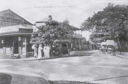 Le Boulevard Bazeilles dans les années trente