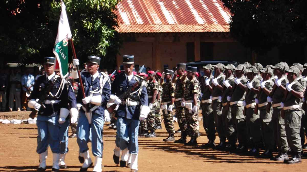 """Résultat de recherche d'images pour """"gendarmerie malagasy"""""""
